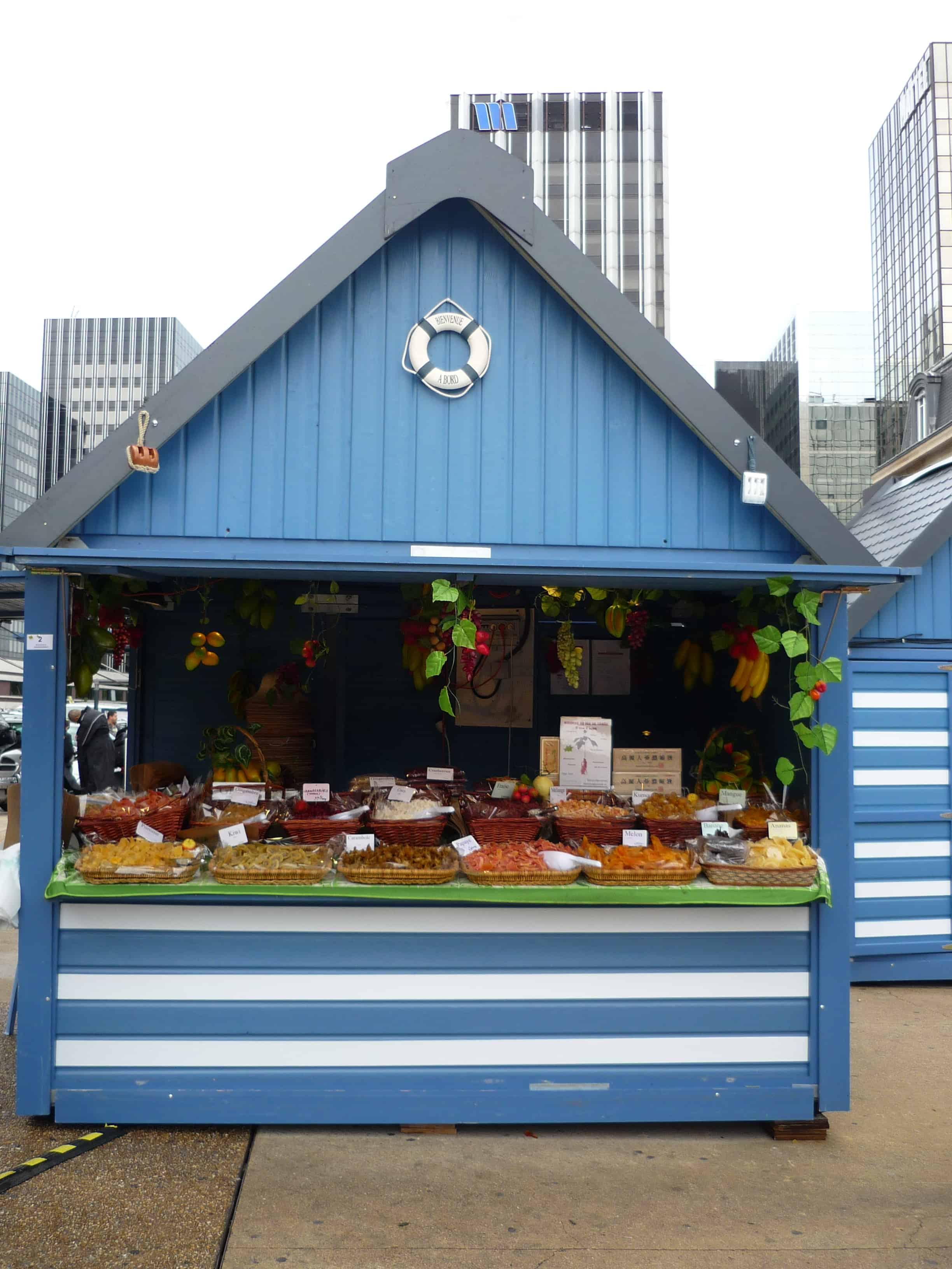 Chalet installé pour un marché d'été